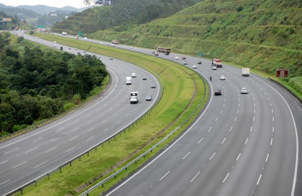 Rodovias concedidas em SP investem R$ 4 bi e criam 5 mil postos de trabalho