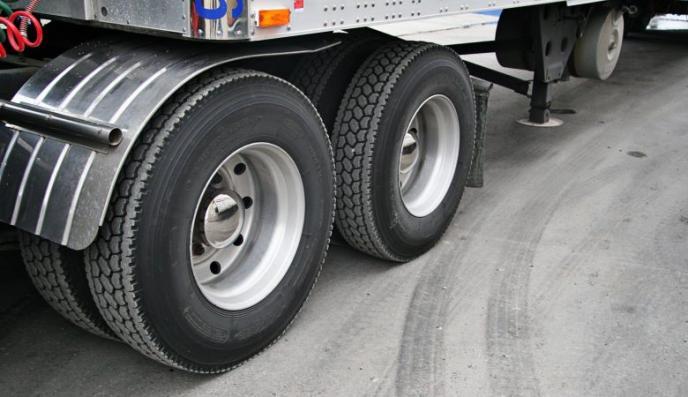 Governo Federal zera Imposto de Importação de pneus para transporte rodoviário de cargas